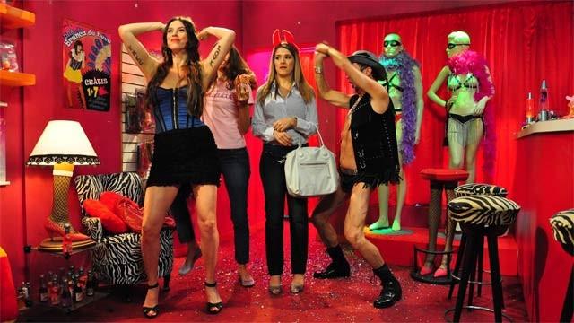 Assistir Online De Pernas pro Ar Nacional Filme (2010 De Pernas pro Ar) Celular
