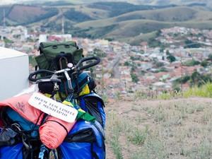 Em dois anos, 90% do percurso da jornada foi feito em cima da bicicleta (Foto: Felipe Baenninger/Arquivo Pessoal)