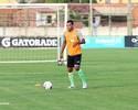 Diones rescinde contrato com o Ceará e não integra mais o elenco da equipe