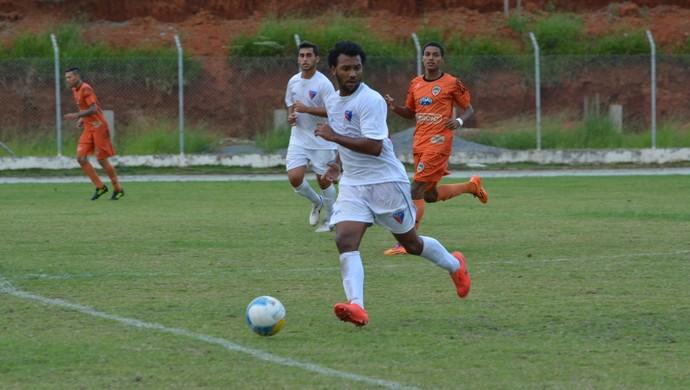 Ecus x Manthiqueira Campeonato Paulista Segunda Divisão (Foto: Cairo Oliveira)