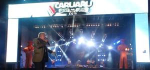 'Abençoa muitas pessoas', diz cantor Armando Filho sobre evento (André Ráguine/ TV Asa Branca)