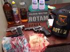 Dois são presos em MT com armas e R$ 19 mil roubados de banco em MG