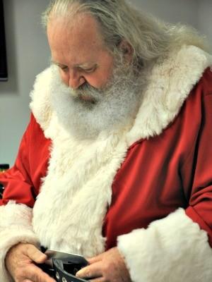 Para Nilton, ser Papai Noel é a missão dele (Foto: Desireé Galvão/ G1)