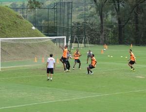 Jogadores atlético-mg treino (Foto: Fernando Martins)
