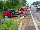 Motorista faz ultrapassagem indevida, causa acidente e oito ficam feridos