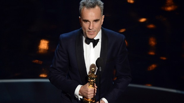Daniel Day-Lewis bate recorde com 3º oscar (AFP PHOTO/Robyn Beck)
