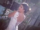 Laisa posa de noiva: 'Um dia ainda realizo o sonho'
