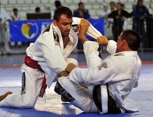 Competição é realizada na Arena Amadeu Teixera (Foto: Antonio Lima (Semdej))