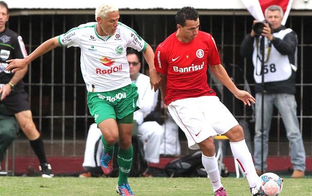 Leandro Damião jogo Internacional Juventude (Foto: Itamar Aguiar / Futura Press)