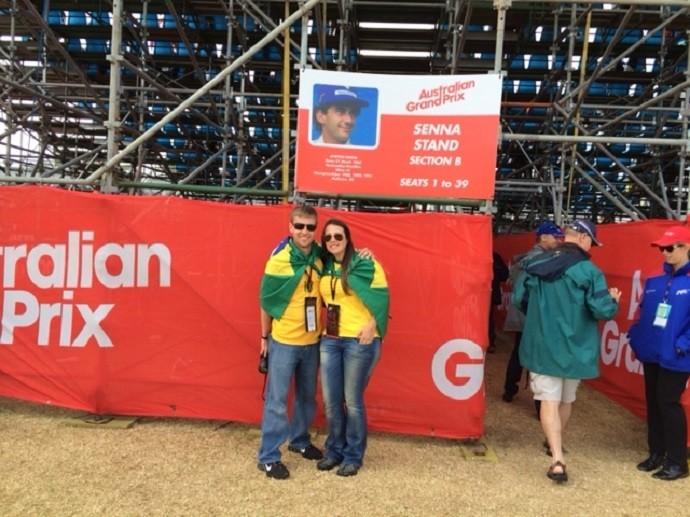 Curitibanos, André e Patrícia assistiram ao GP da Austrália de Fórmula 1 (Foto: Arquivo Pessoal)