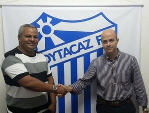 Técnico do Goytacaz renova com o clube para a disputa da Copa Rio (Foto: Lucas Costa)