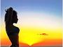 Mayra Cardi posta foto na web e cintura fina chama atenção