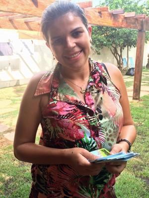 Candidata a conselheira tutelar Nayara Ohana gastou mais de R$1 mil com panfletos e faixas (Foto: Arquivo pessoal / Nayara Ohana)