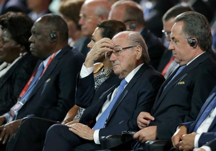Blatter sorteio eliminatórias (Foto: Reuters)