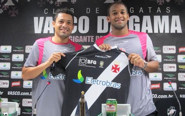 Eder Luis e Fellipe Bastos renovação Vasco (Foto: Gustavo Rotstein / globoesporte.com)
