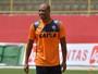 Após fim de temporada, Jorge Wagner mostra vontade de seguir no Vitória