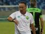 Roberto Fonseca minimiza erro de arbitragem e briga entre jogadores