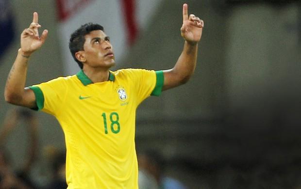 paulinho seleção brasileira brasil x inglaterra (Foto: MÁRCIO MERCANTE/Agência O Dia/Agência Estado)