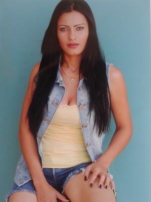 Ex-catadora ganhou book fotográfico de agência de modelos (Foto: Divulgação/André Pereira Models)