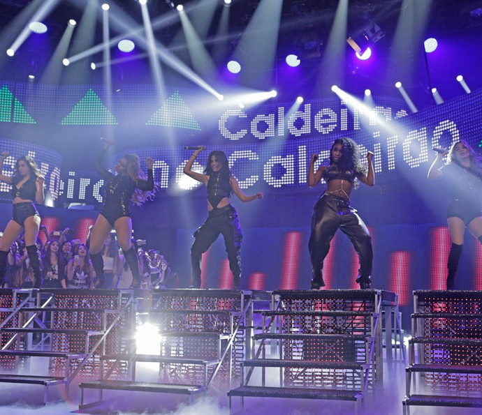 Fifth Harmony canta 'Worth It' (Foto: Inácio Moraes / Gshow)