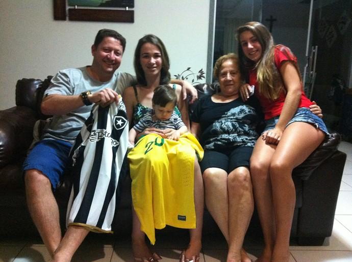 Família Luis Henrique, Botafogo (Foto: Chandy Teixeira)
