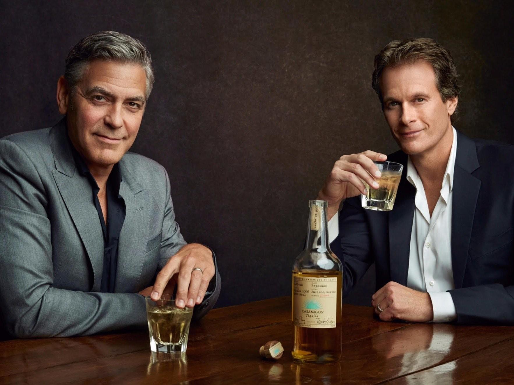 George Clooney e um dos seus sócios (Foto: Divulgação)