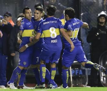 Tévez Boca Juniors x Cerro Porteño (Foto: AP)