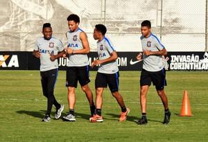 Willians, Elias, André e Bruno Paulo Corinthians (Foto: Diego Ribeiro)