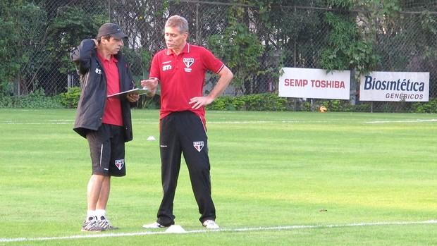 Paulo Autuori treino São Paulo (Foto: Gustavo Serbochini)
