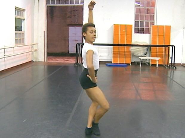 Bailarino São José dos Campos (Foto: Reprodução/TV Vanguarda)