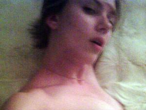 Scarlett Johansson em imagens que foram divulgadas nesta quarta-feira (Foto: Reprodução)