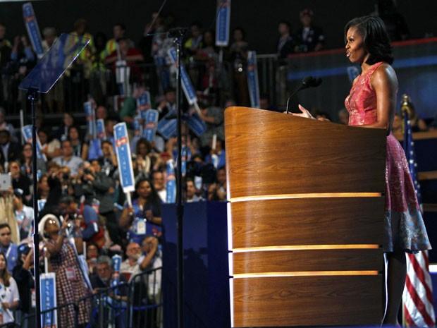 Michelle Obama, mulher do presidente dos Estados Unidos, Barack Obama, discursa no primeiro dia convenção Democrata. O evento formalizará a nomeação do presidente Barack Obama como candidato do partido para enfrentar o adversário republicano, Mitt Romney, (Foto: Jessica Rinaldi/Reuters)