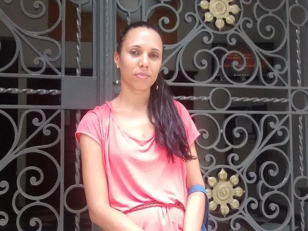 Richele Cristina pegou o ônibus errado e perdeu a prova em Salvador.  (Foto: Rafael Teles/G1 Bahia)