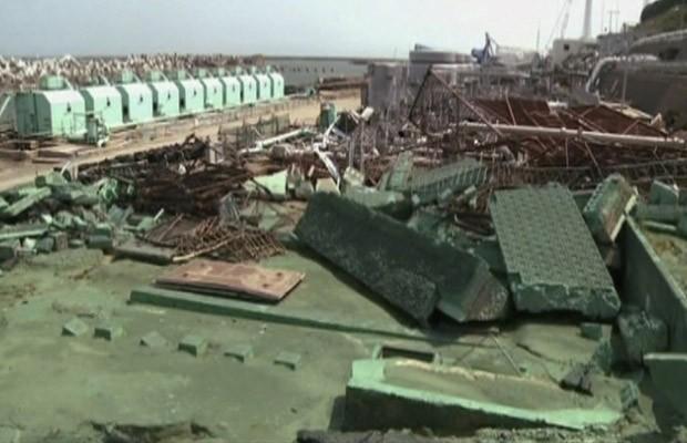 Visão geral da usina de Fukushima Daiichi nesta segunda-feira (25), em vídeo divulgada pela Tepco (Foto: AP)