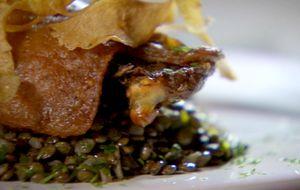 Confit de pato com lentilhas e pastinacas fritas