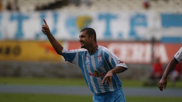 Sandro Goiano, hoje gerente de futebol do Sport, fez parte dos momentos mais vitoriosos da história do Paysandu (Foto: Raimundo Paccó/Arquivo O Liberal)