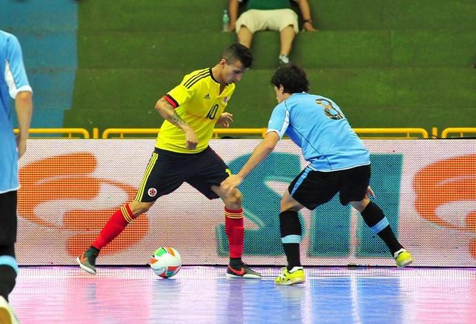 Craque colombiano diz que já recebeu convite de Falcão para jogar no ... 7bacdc31692b6