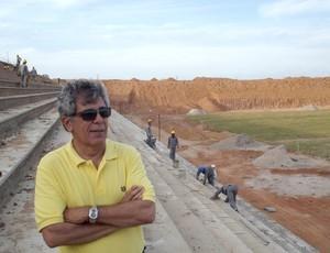Empresário Marconi Barreto constrói Estádio Barretão, em Ceará-Mirim (Foto: Augusto Gomes/GLOBOESPORTE.COM)