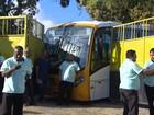 Funcionários do transporte complementar param em protesto