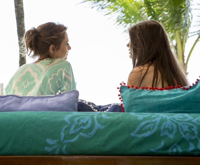Carolina garante que ama Alex (Foto: Felipe Monteiro/ Gshow)