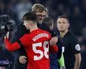 Com homenagem à Chape e recorde, Liverpool vai à semi da Copa da Liga