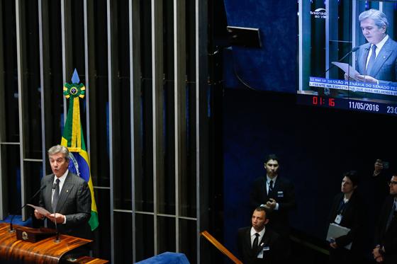 O senador Fernando Collor falou de seu processo de impeachment  (Foto: Sérgio Lima/Época)
