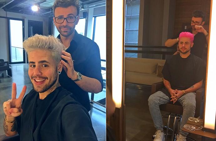 Com o hairstylist Eron Araújo, Leandro registra o processo da mudança de look (Foto: Reprodução Internet)