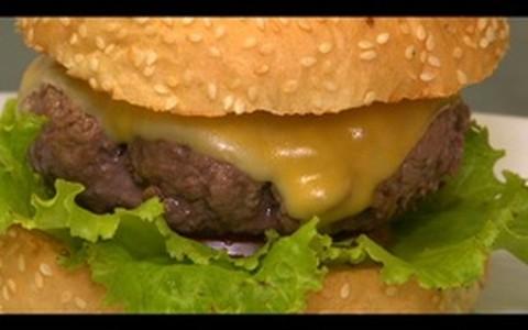 Tradicional cheeseburger de picanha