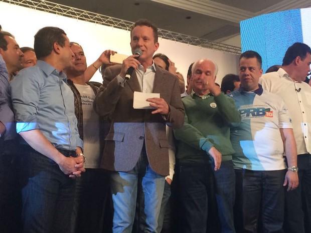 Celso Russomanno discursa durante lançamento de sua candidatura à Prefeitura de São Paulo (Foto: Vanessa Fajardo/G1)