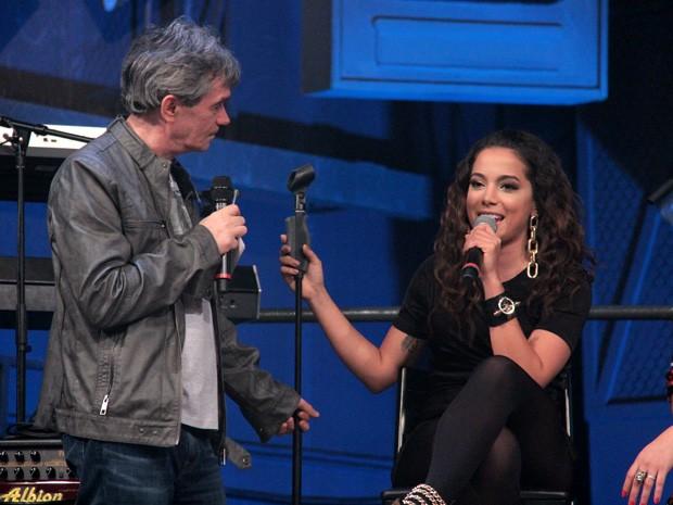 Anitta participa da gravação do programa Altas Horas