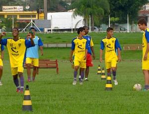 Mogi Mirim treina para a Copa São Paulo de Juniores (Foto: Reprodução / EPTV)