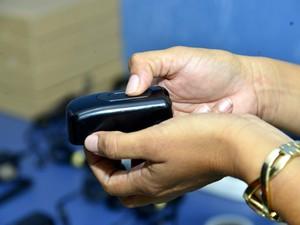 """Dispositivo de segurança conhecido como """"botão do pânico"""" deve ser implantado em Boa Vista (Foto: Neto Figueredo/Secom/Divulgação)"""