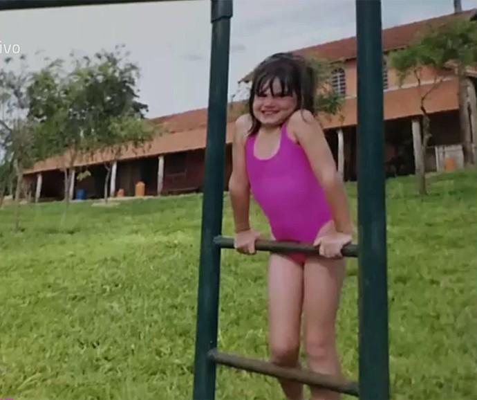 Camila Queiroz não parava quieta e era bagunceira (Foto: Vídeo Show / Gshow)