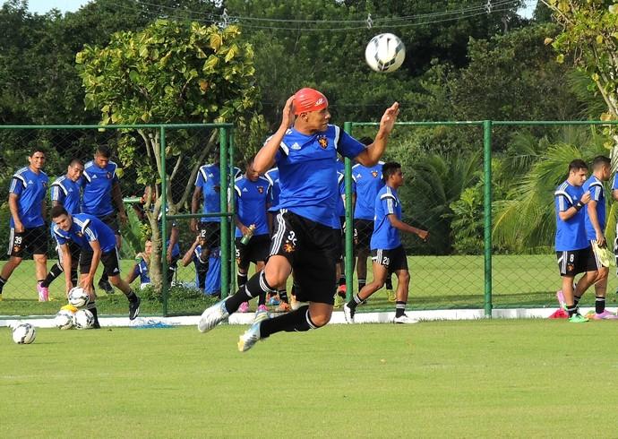 Oswaldo Sport (Foto: Elton de Castro)